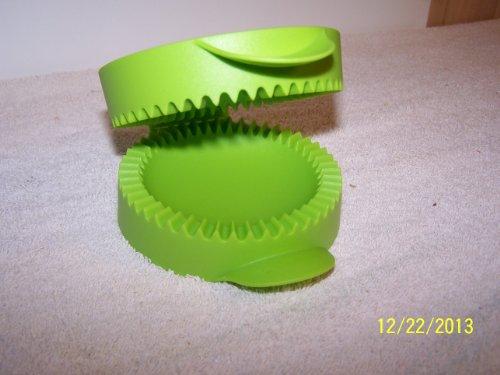 Tupperware Mini Pie Maker Lettuce Leaf Green