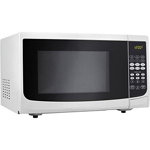 Danby 0.7 Cu.ft. Countertop Microwave, White