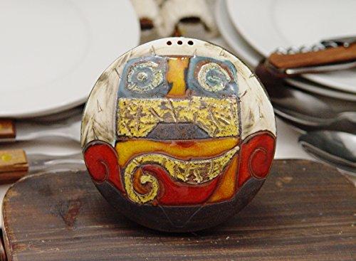 Handmade Ceramic Salt Shaker Multicolor Earthen Salt or Pepper Box Cute Pottery Gift Kitchen Accessories Colorful Pottery Salt Shaker