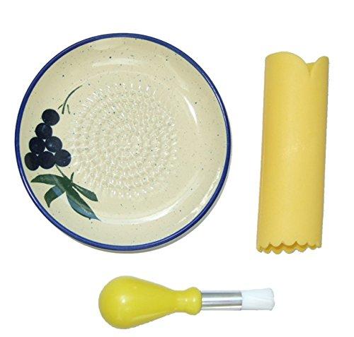 Cooks Innovations - Ceramic Grater Plate 3 Piece Set - Beautiful Grape Design - Blue Cream