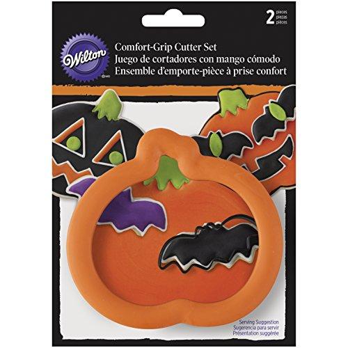 Wilton 2-Piece Pumpkin Bat Halloween Cookie Cutter Set