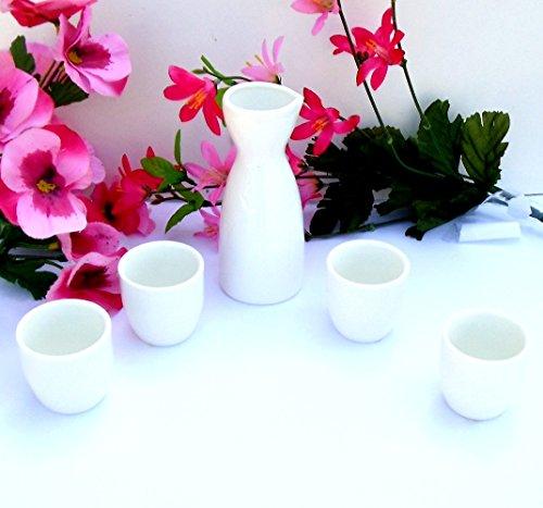 Japanese Style Porcelain 5pcset Sake Set One 5 Bottle  4 Cups White NEW