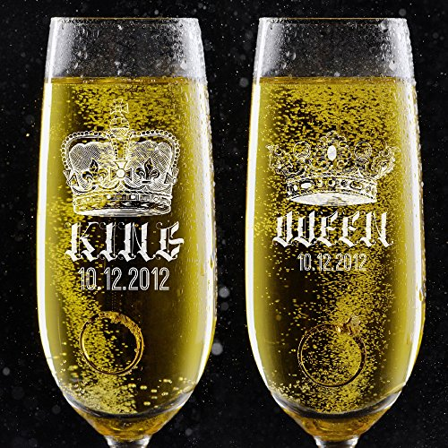 Set of 2 Personalized Wedding Toast Champagne Flutes - King Queen Date Champagne Glasses - Engraved Flutes for Couple Valetines Gift for Customized Love Gift