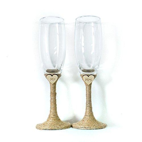 Bride and Groom Glasses Mr and Mrs Glasses Wedding Glasses Set Engraved Heart Set of 2 Champagne Glasses Rustic Champagne Flutes Wedding Glasses