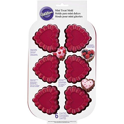 Wilton Ruffled 6 Cavity Silicone Heart Mold Pan