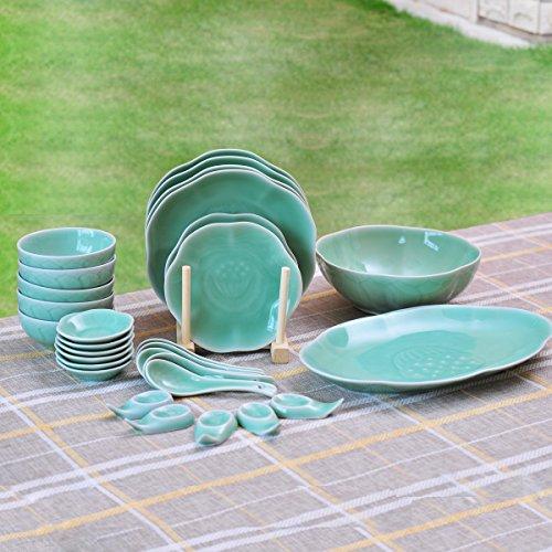 Ceramic Story Livingware Celadon Porcelain Lotus Pattern 28-Piece Dinnerware Set Service for 5 Plum Green
