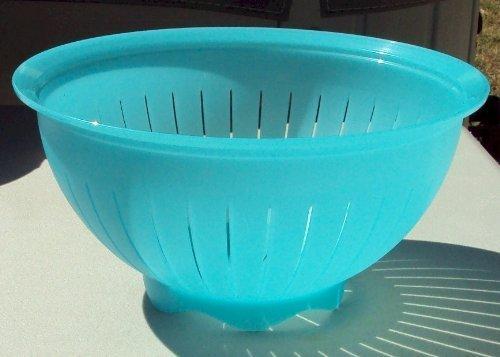 New Tupperware Impressions 3 Qt Colander Strainer Bowl Aqua Blue