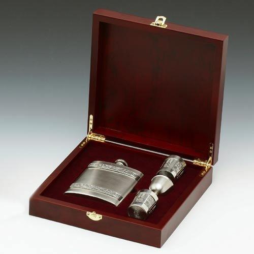 Irish 8oz Hip Flask and Shot Glasses Gift Set in a Wooden Presentation Keepsake Box by Mullingar Pewter