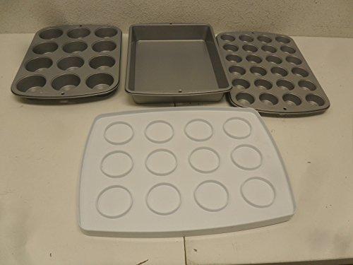 Wilton Ultimate Bake 4-Piece Mini Cupcake Cup Cake Bakeware Set OPENED