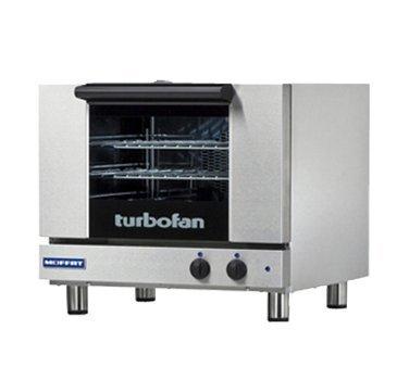 Moffat Countertop Electric Convection Oven 21-34 Half Size Pan Capacity